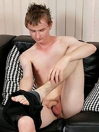 Urban Brit Cory shows us all his big thick uncut cock and has fun